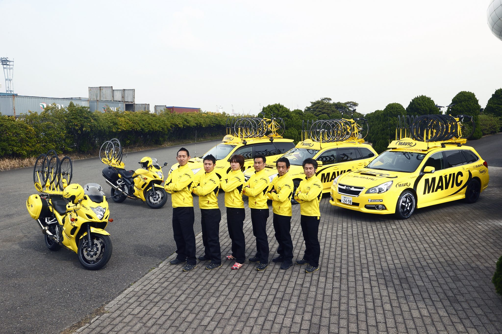 MOTO MAVIC CARS_Staff