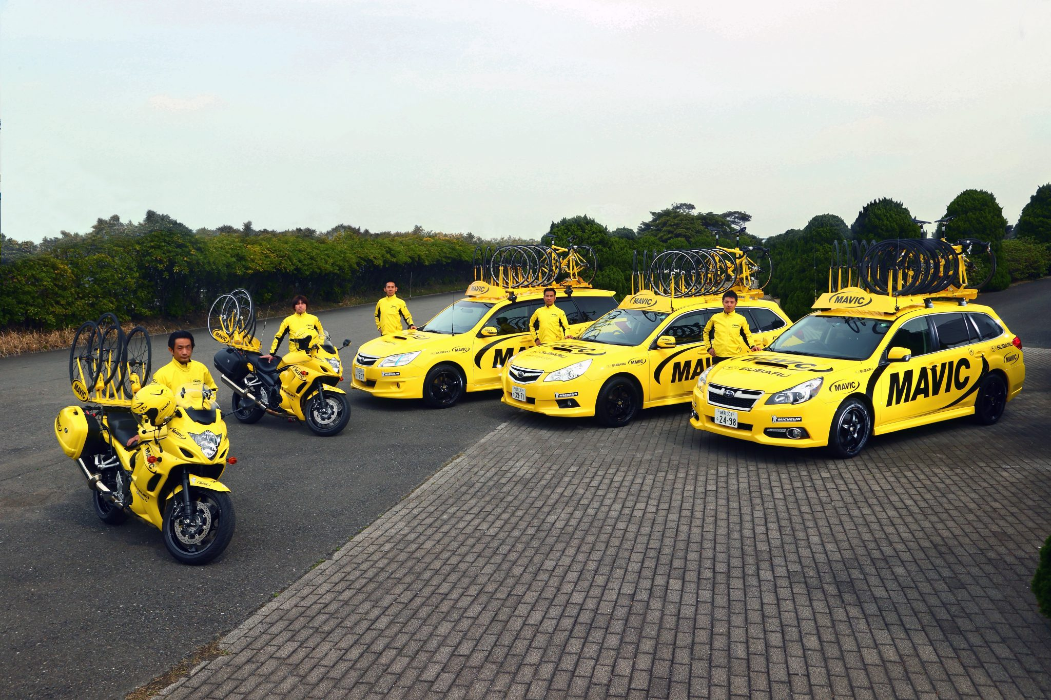 MOTO MAVIC CARS_Staff_3