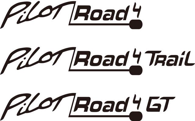MICHELIN PILOT ROAD 4 Logo
