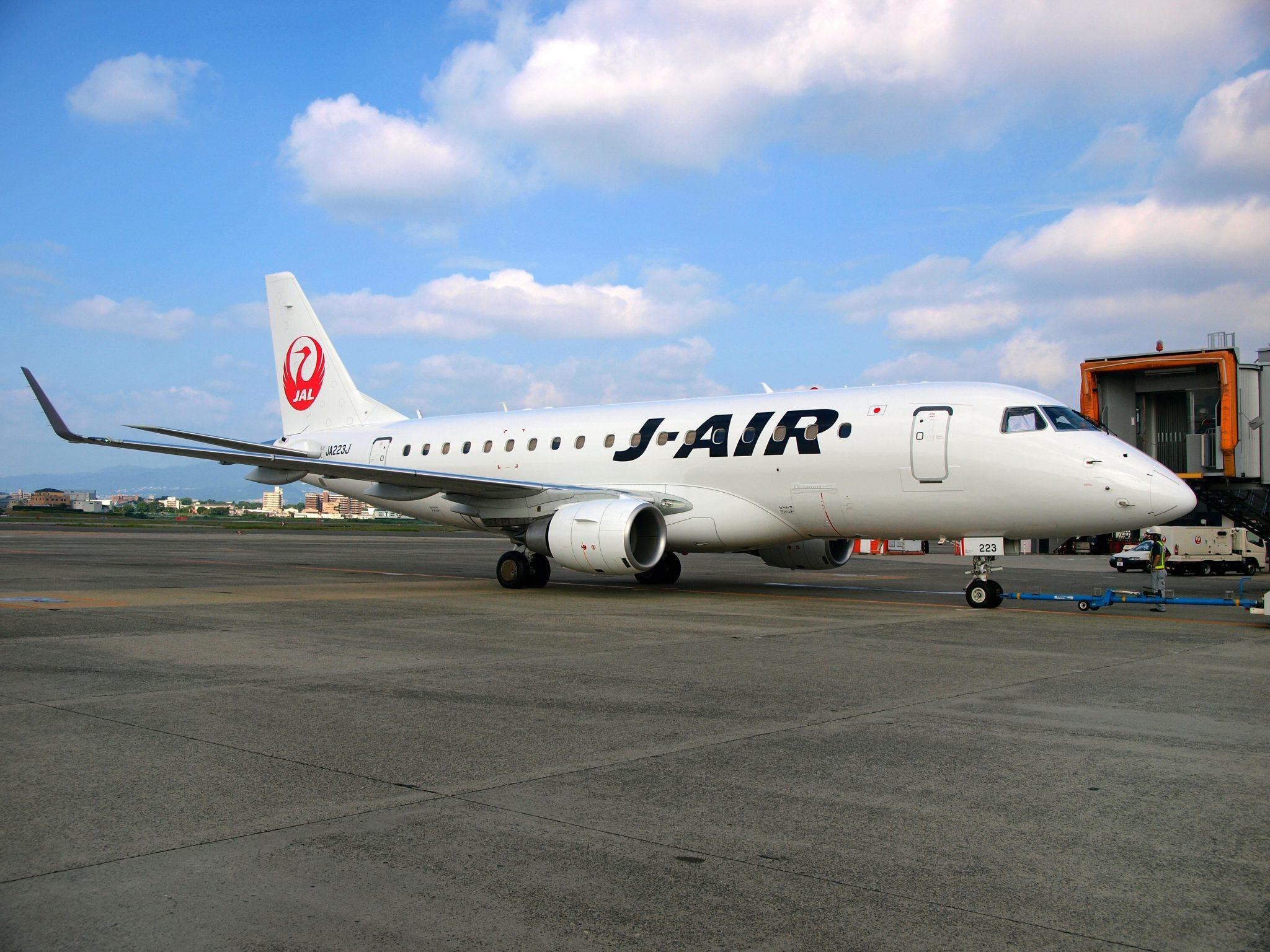 J-Airエンブラエル170型機(MICHELIN Air X装着)