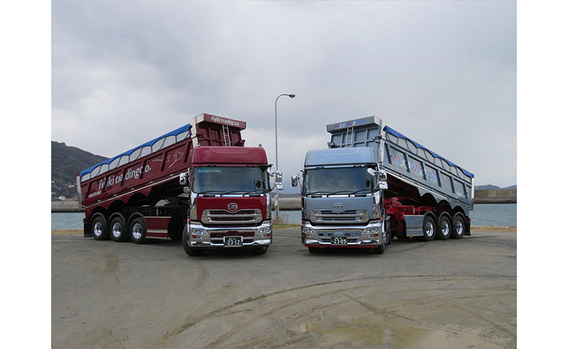 nissa line truck